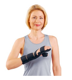 MANU-HiT DIGITUS POLLEX Dynamic wrist brace with finger and thumb fixation