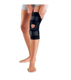 DonJoy Performer Hinged Patella Knee Support