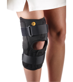 Corflex CoolTex Anterior Closure Knee Wrap with Hinge